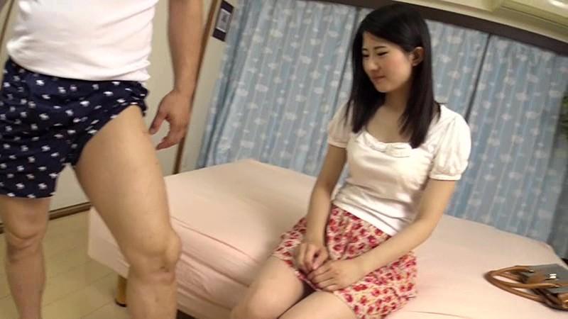 【女子大生素股】着衣で美乳の女子大生素人の、素股プレイがエロい!!
