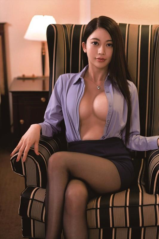 東京OLカレンダー01 「大人の上手」な性欲処理 めぐみさん28歳 2枚目