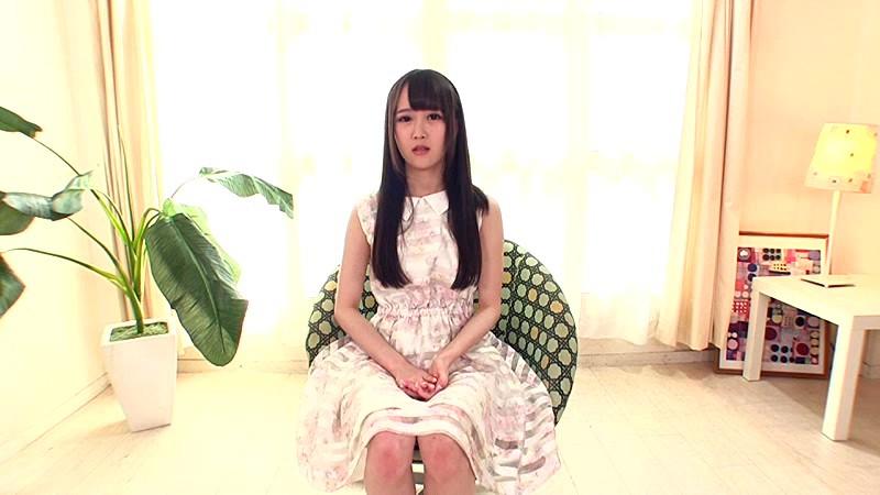 Hが大好きなアイドルの卵!19歳のパイパン美少女奇跡のAVデビュー もも 1枚目