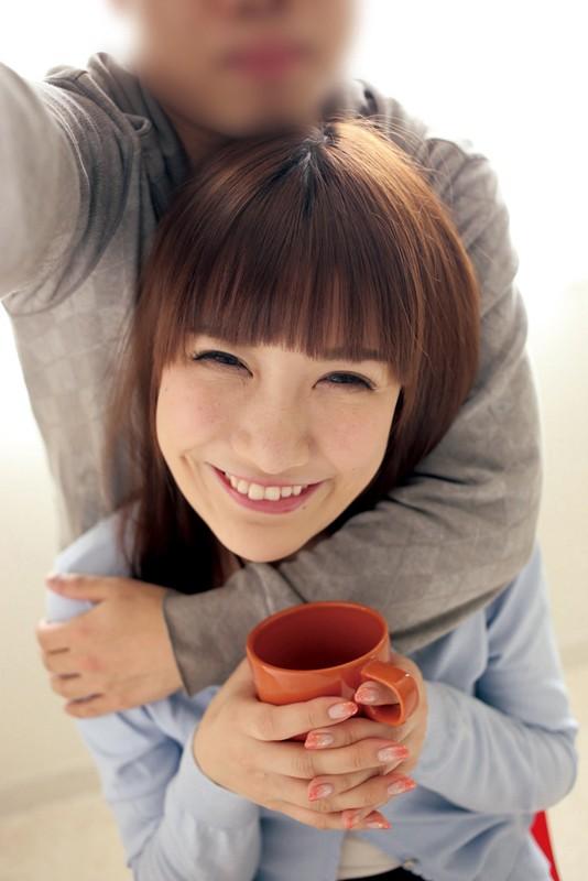 結婚前に一度だけ…彼女が抱かれている様子を見せて下さい! 小峰みこ 1枚目