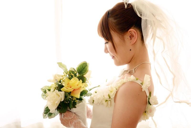 結婚前に一度だけ…彼女が抱かれている様子を見せて下さい! 小峰みこ 4枚目