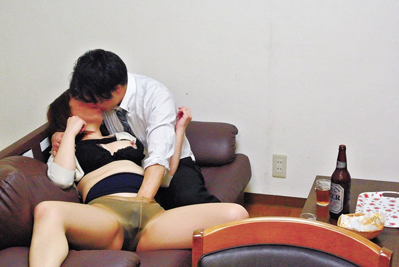 FUFU-166 Studio STAR PARADISE - True Stories My Wife Got Fucked My Prim And Proper Wife Was Secretly Drugged And Forced To Suck And Fuck My Young Associate... KK (39) big image 6