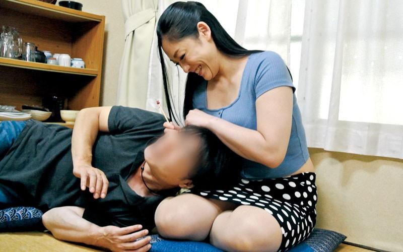 夫が出張に行くと始まる義息のエロいたずら巨乳の義母さんのムラムラ指数が高まってしまう 児玉るみ3