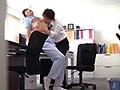 「ダメょぉ~声が出ちゃう~」掃除のおばさんのムチ尻をしつこく触ってみたら… 180分 10