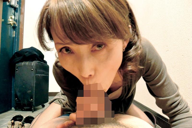 五十路の嫁の母が上京してきて…180分|無料エロ画像13
