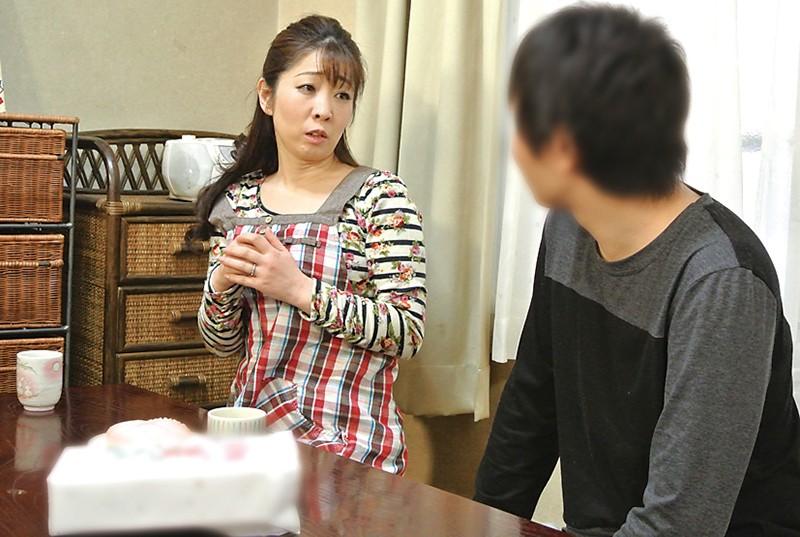 仙台から上京した嫁の母が…巨乳義母 月白さゆり キャプチャー画像 5枚目