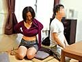夫と喧嘩して息子のアパートにきた小田原の母 筒美かえで 7