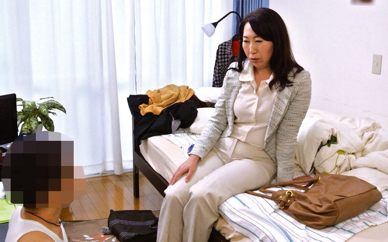 OFKU-144 Studio STAR PARADISE - A Woman Has A Fight With Her Husband And Goes To Her Stepson's Apartment - Asumi Washio, 53yo big image 6