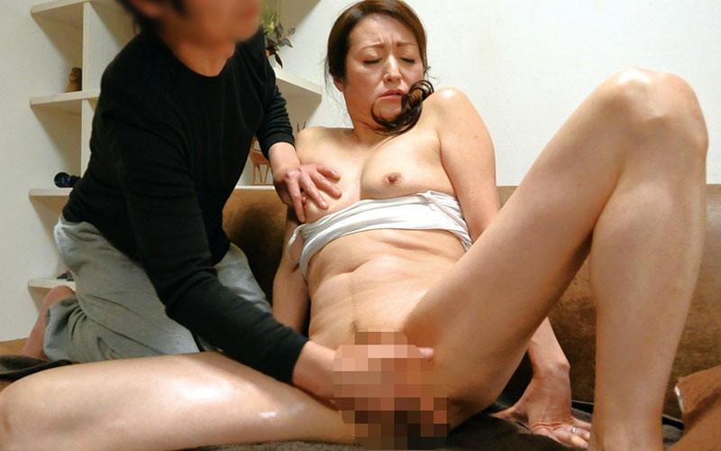 新潟から上京した嫁の母が…五十路義母 今浪優 50歳6