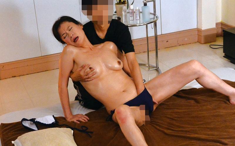 盗撮 人妻に人気の美尻ヒップアップエステ 画像3