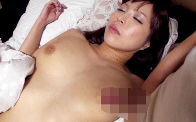 寝込みを襲うと濡れてくるイイ女宿泊客・BARの客・スナックのママ爆睡・泥●・意識不明