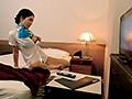 国際線ベテランCAさんが宿泊先ホテルの痴漢AVで激イキオナニー 8