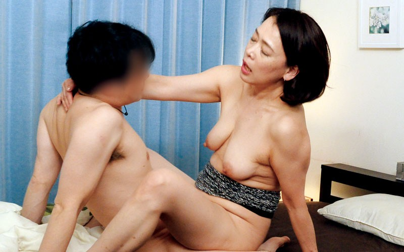 SUAM-001 Studio STAR PARADISE - Going Home With An Older Woman From A Bar Ikebukuro - Akiyo Age 50 A big image 6