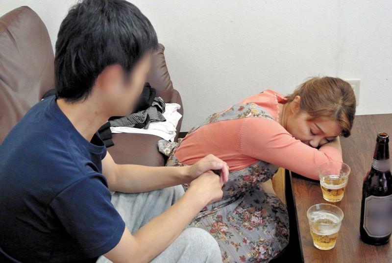 息子に犯された母 藤崎美冬 46歳 の画像7