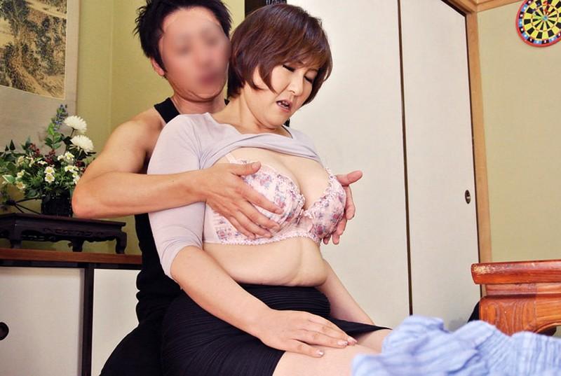 豊かな肉付きの昭和の豊乳熟女 淫れ狂う五十路四十路 の画像17