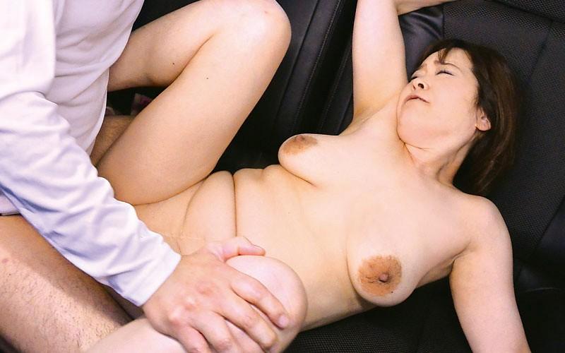 極上熟女 山田富美 五十路巨乳ムチ尻BODY 3