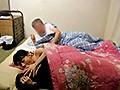 夫の寝ている横で、五十路の母に、息子が中出し! 3