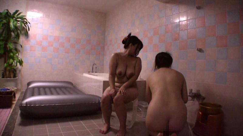 あなたの知らない性事情 奥様を虜にする女性専用風俗 画像1
