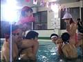 モロ出し 水中運動会 26