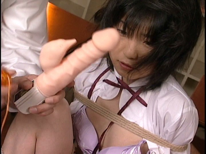 Anna kuramoto in uniform gets cum on hands from fine handjob