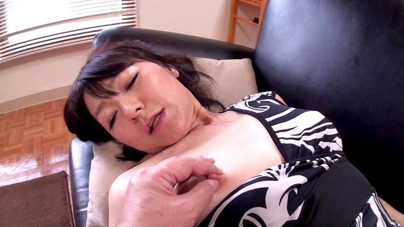 五十路のパイパン彼女を紹介します。 福浦那緒美 54歳 画像5