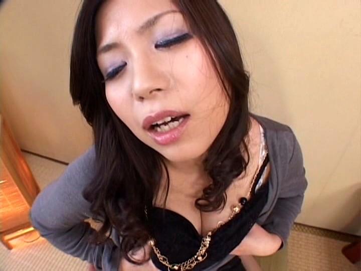 くっさ〜い臭いでオナニーする美熟女たち 画像16