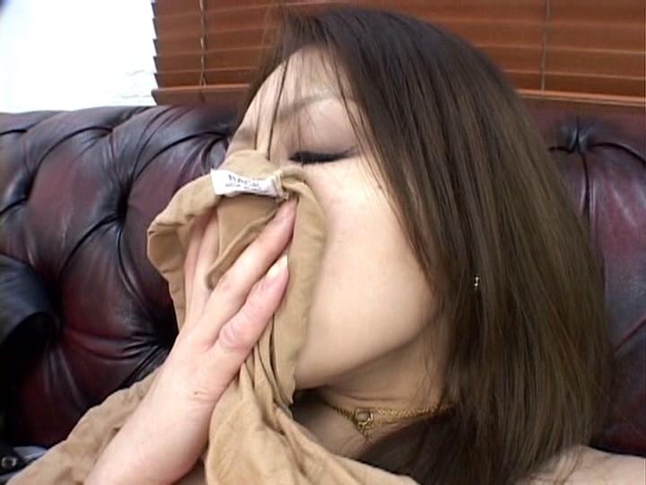 くっさ〜い臭いでオナニーする美熟女たち 画像7