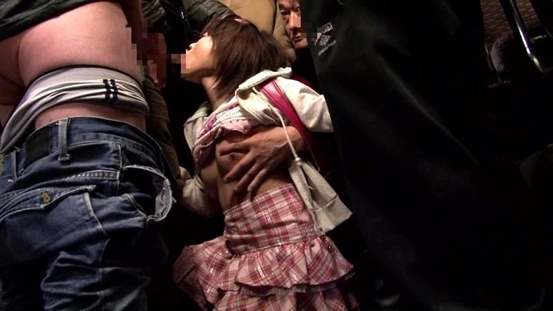 小○生痴●バス 〜怯えて声も出せない小○生に悪戯〜|無料エロ画像18