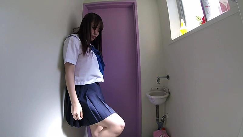 最新版ハイビジョン3カメ仕様 局部アップ進学塾女子●生トイレ盗撮投稿映像 無料エロ画像4