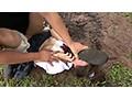 女子○生を狙った野外集団鬼畜レ●プ映像