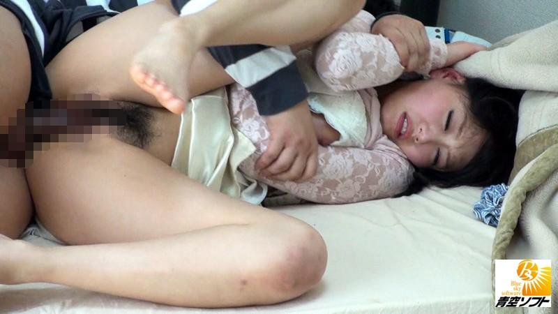 着衣で巨乳で美乳の女子大生お姉さん、浜崎真緒の凌辱セックスバックプレイがエロい!!エロいおっぱいですね!【家庭教師】