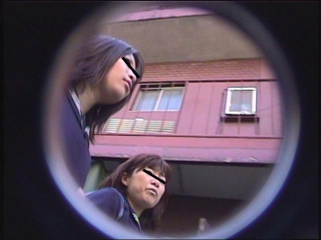 黒パンスト女子校生パンチラ逆さ撮り Vol.2 画像2