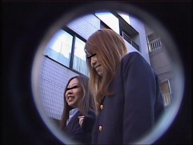 黒パンスト女子校生パンチラ逆さ撮り Vol.2 画像3