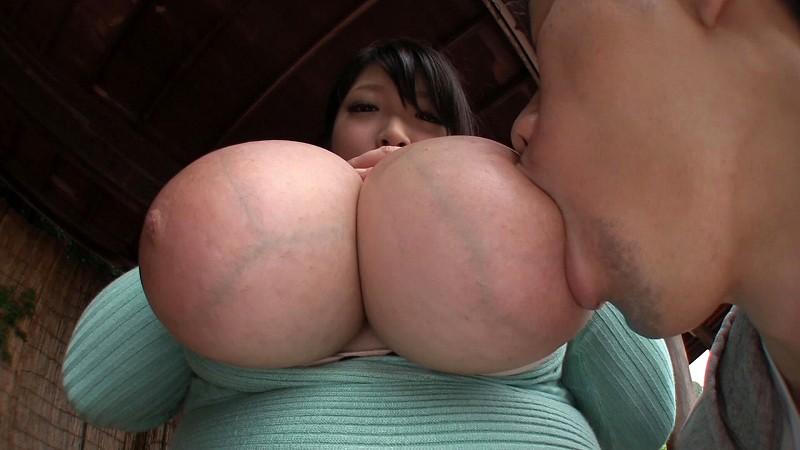 【おっぱい】豊満なムチムチで巨乳でぽっちゃりのお姉さんの、バック着エロ無料H動画!【お姉さん動画】