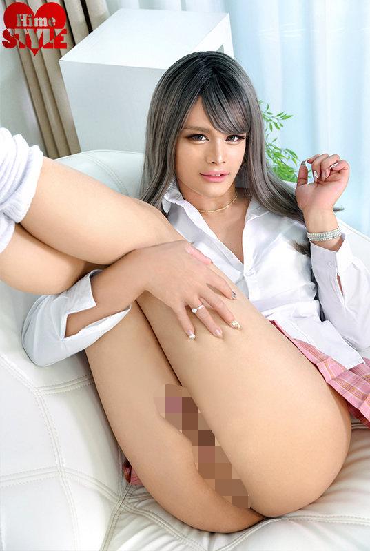 SEX大好きな淫乱ビッチ!ハーフギャル女装子滝沢アリス20歳AVデビュー キャプチャー画像 2枚目