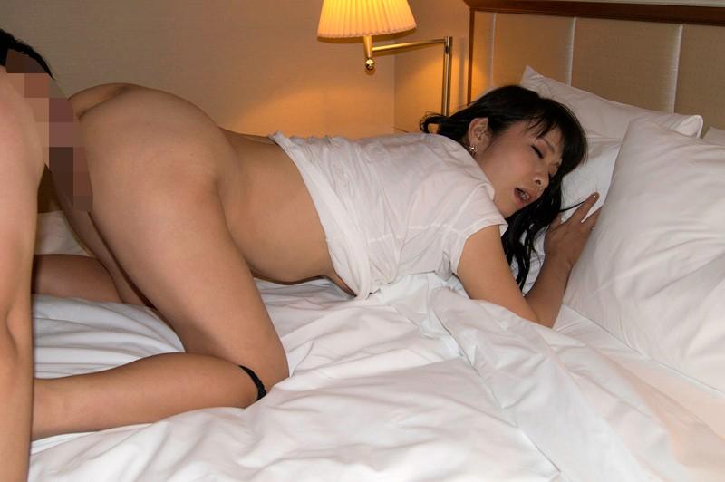 絶対抜ける!!濃厚熟女 本気SEX 30人4時間のサンプル画像