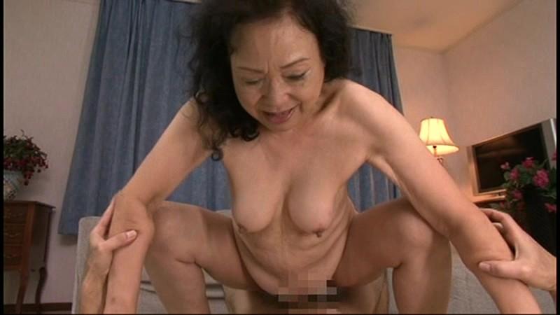 最高齢75歳!七十路・六十路・五十路日本のお婆ちゃん 年の差中出し交尾 30人8時間10