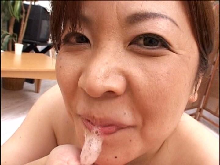 三十させ頃乱乳の母 画像15