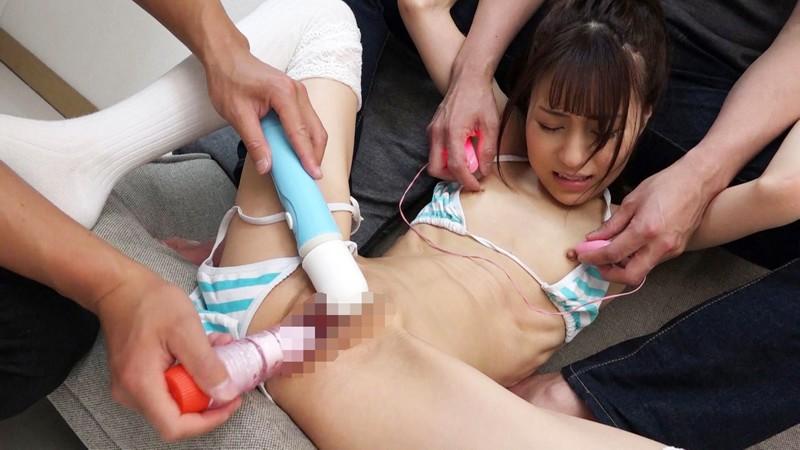 [個人撮影]#炉利露裏素人 #まな板貧乳なのに乳首でイク美少女