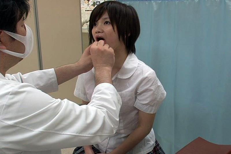 とある学校で起きた驚愕の事件簿!検診と称し次から次へと女子校生の体を弄ぶ偽医師映像 4時間2 キャプチャー画像 9枚目