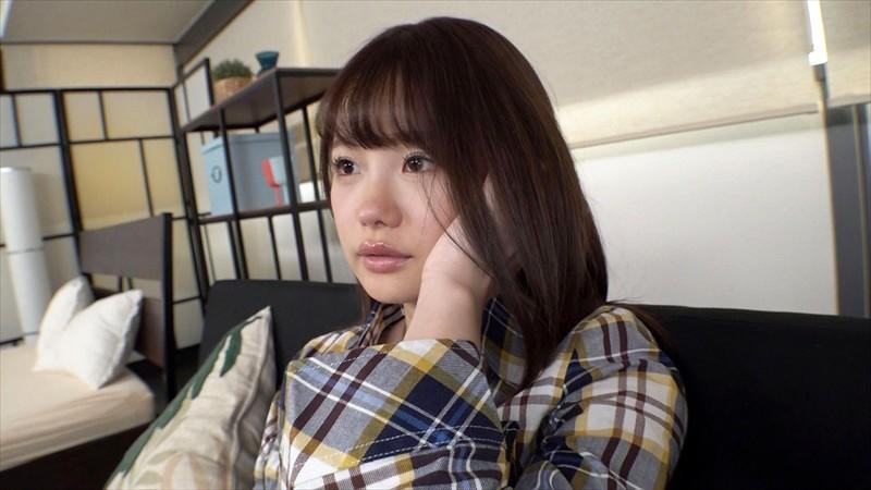 神アプリで知り合ったエロカワ現役女子大生に生中出し 04 画像1