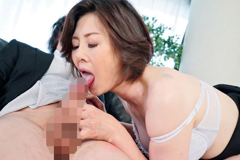 庶務課のオンナ 「いいから、中に出しなさい!」〜美脚OLの逆セクハラ 加納綾子 20枚目