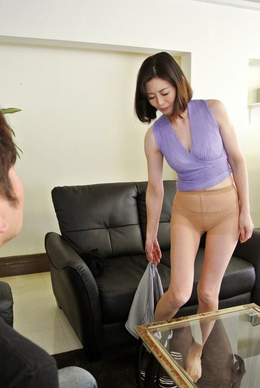 卒婚 夫のチ○ポはもう飽き飽き 男が欲しい男とヤりたい 穢れた人妻「中に出しても大丈夫!」竹内梨恵 5枚目