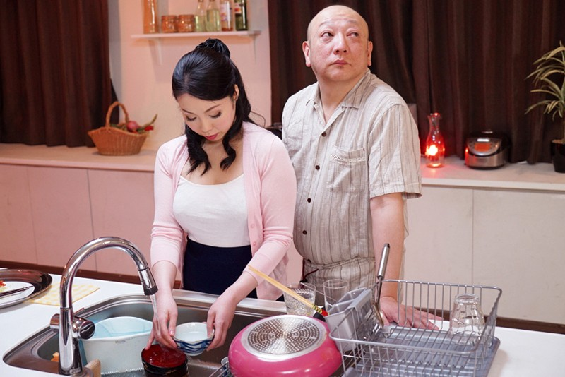 お義父さん、「妊娠してもかまわない。」中に出して! 息子の嫁に中出し 大崎静子 18枚目