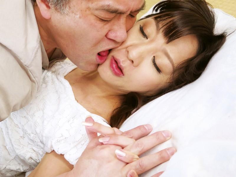 お義父さん、「妊娠してもかまわない。」中に出して! 息子の嫁に中出し 長瀬京子 2枚目