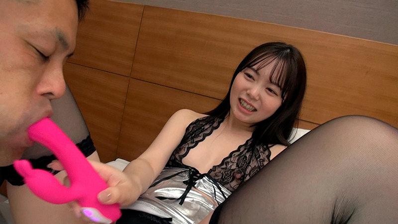 学生時代クラスのアイドル的存在だったおしゃれな女の子はおじさんとのねっとり交尾を体験する 百瀬あすか 画像12