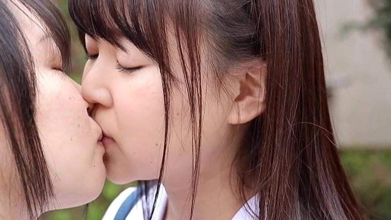 吉田恵子 「新人18歳ヘアーヌードデビュー 真姿」 サンプル画像 2