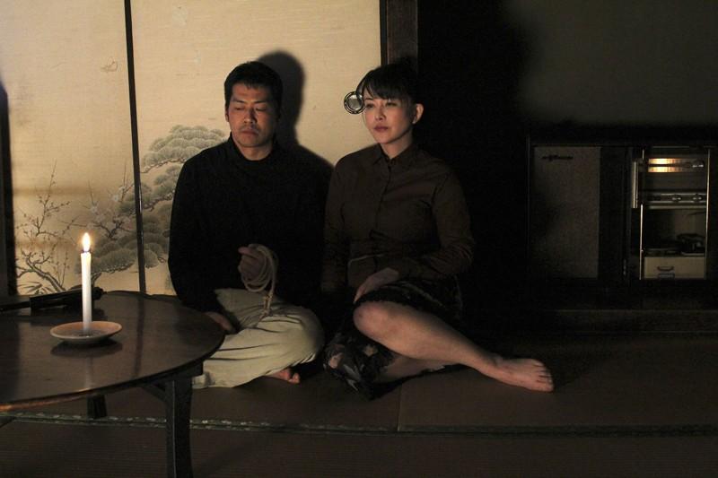犯されて…。〜ある美熟女妻と逃亡犯の物語〜 浅井舞香 7枚目