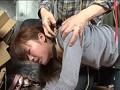 首を吊り上げ絞め喉仏を潰すsample12