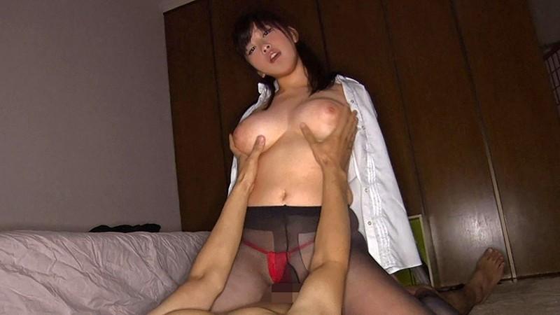 素人爆乳レイヤーさんとコスプレ中出しナマ受精 川口葉純